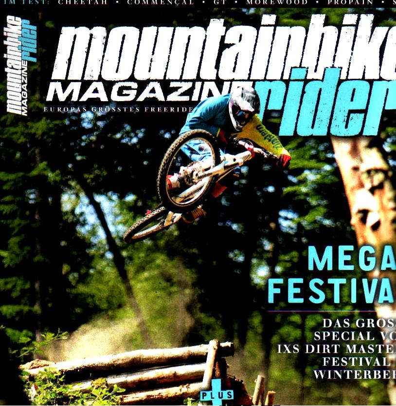 Cover: Tobias Jäger stylt während unserer Big-Mountain-Test Session mit dem Cheetah über den Test-Trail